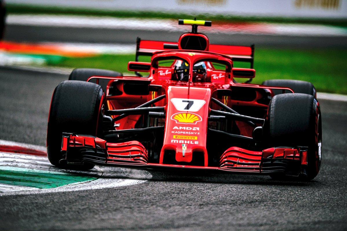 Pole storica di Raikkonen e prima fila rossa a Monza