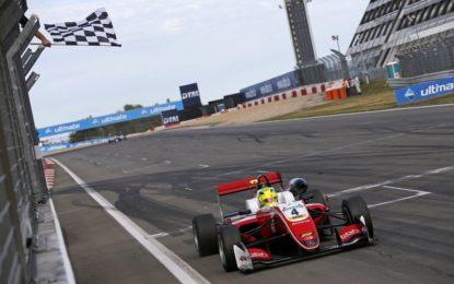 F3: Mick Schumacher vince tutte le gare al Nurburgring!