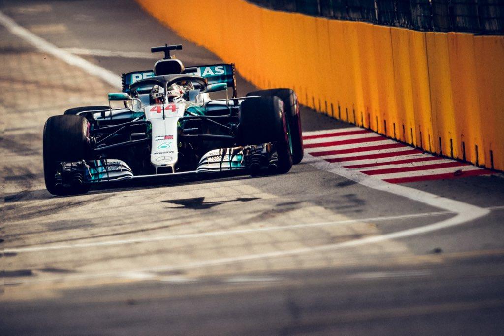 Singapore: pole surreale di Hamilton, poi Verstappen e Vettel