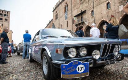 La BMW 3.0 CSL è rock al Gran Premio Nuvolari