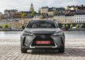 Lexus a Parigi con UX Hybrid e altre novità