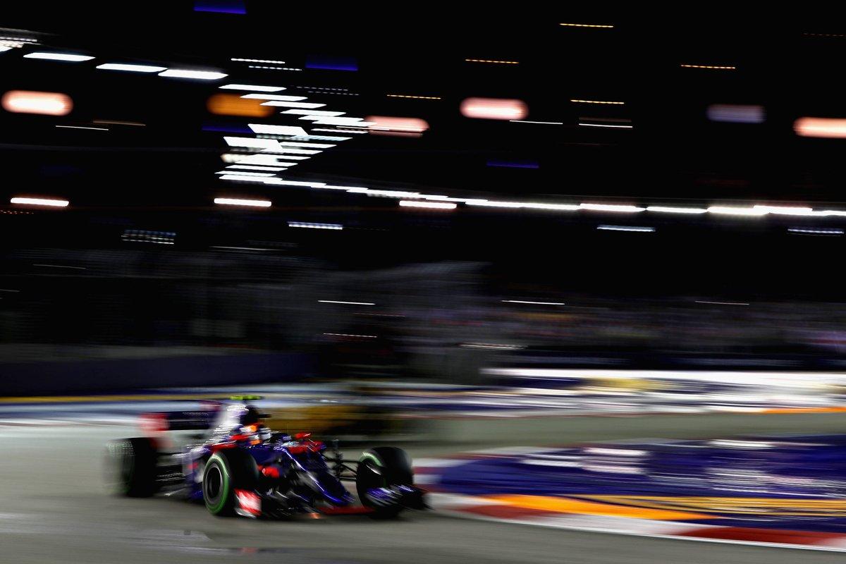 I piloti Toro Rosso pronti per il debutto a Singapore
