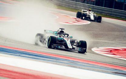 USA: FP2 a Hamilton, Ferrari 9° e 10° e penalità per Vettel