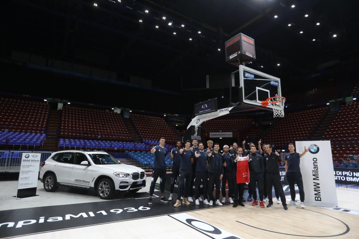BMW Milano consegna le nuove X3 a EA7 Olimpia