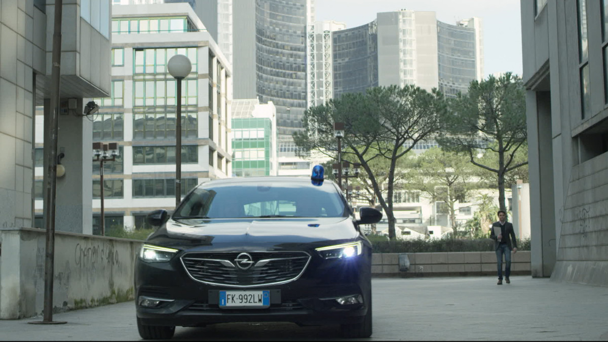 "Opel e RAI insieme per ""I Bastardi di Pizzofalcone"""