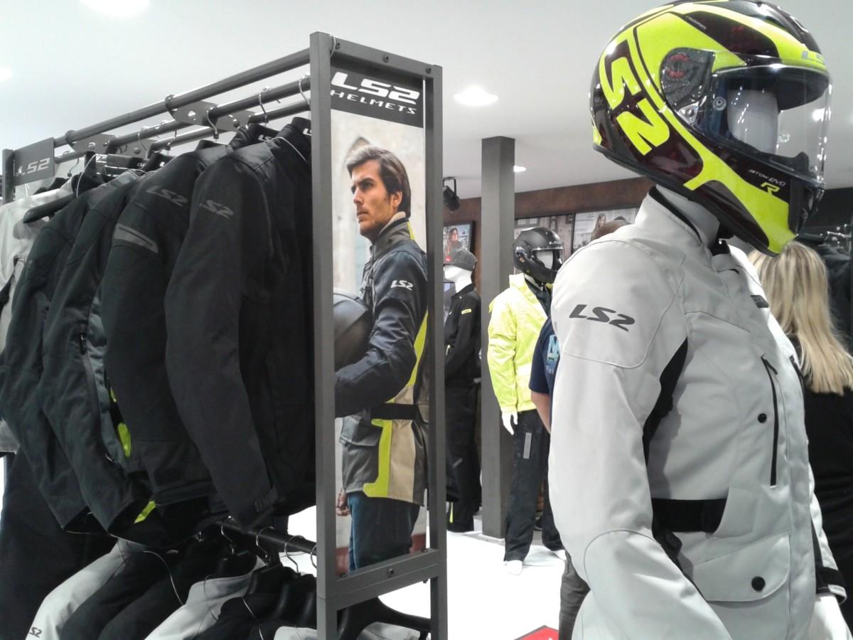 A EICMA debutta la collezione di abbigliamento LS2