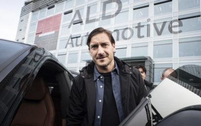 Francesco Totti sceglie Urus e il noleggio a lungo termine