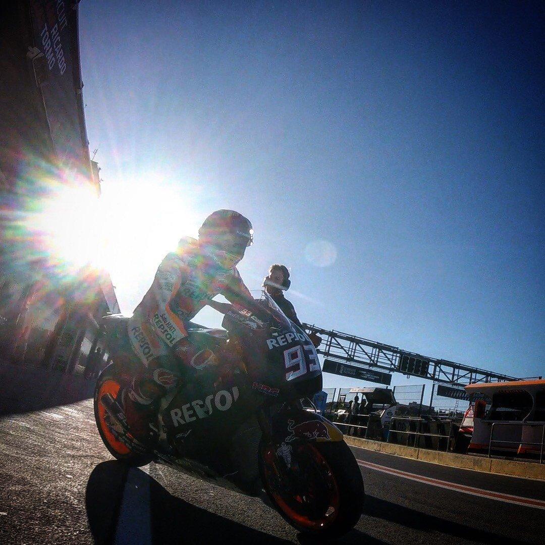 Valencia: moto in pista per i primi test 2019. Anche in TV