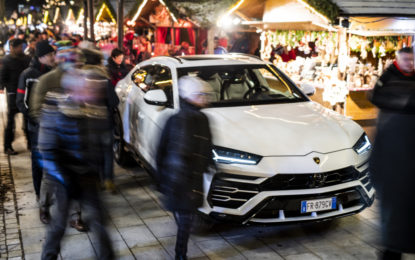 Lamborghini URUS e LM002 ai mercatini di Brunico