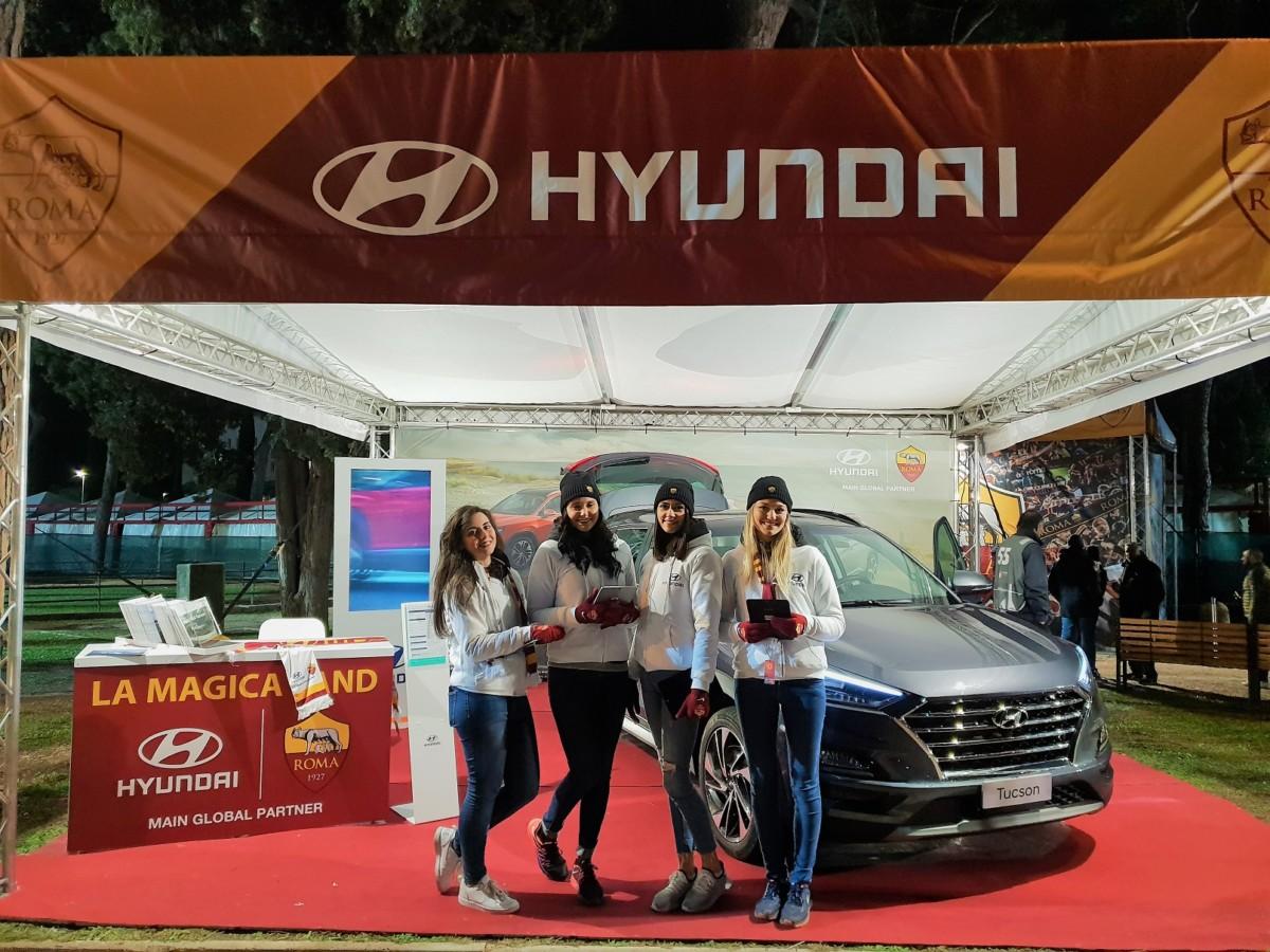 Hyundai in campo con i tifosi dell'AS Roma