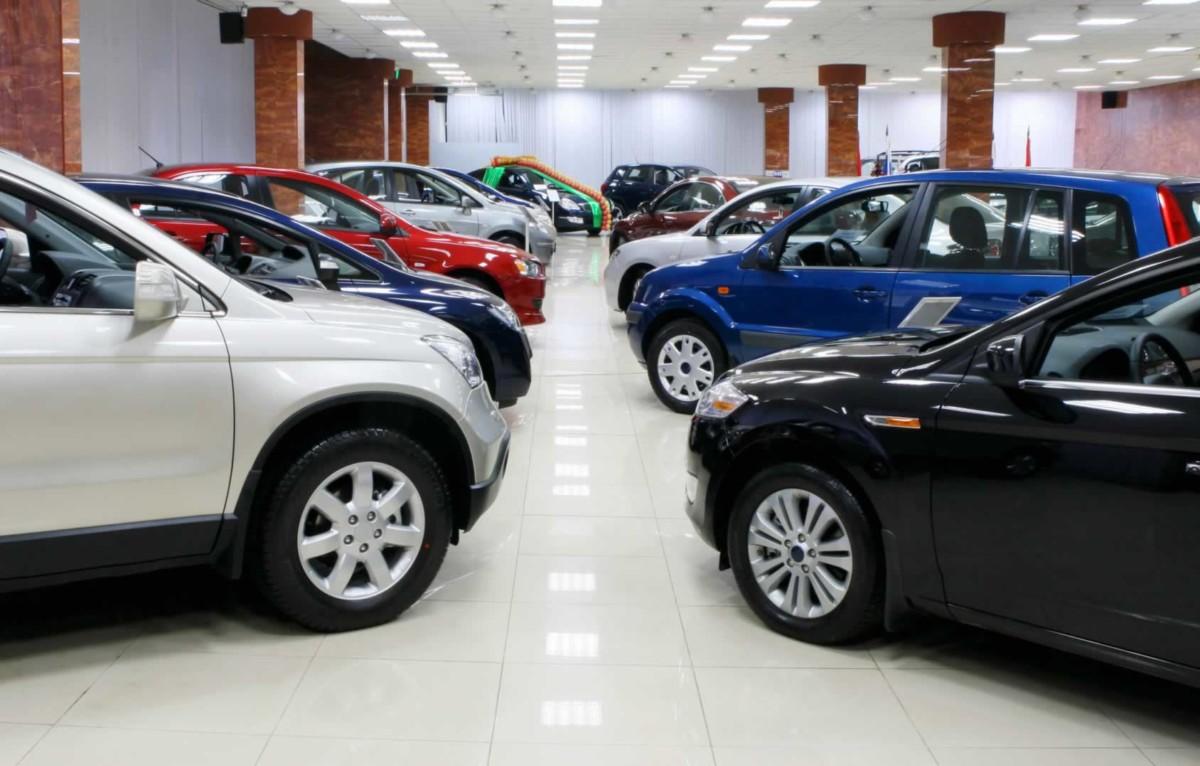 Mercato auto: a febbraio calo del 12,3%. Flotte penalizzate. Servono incentivi