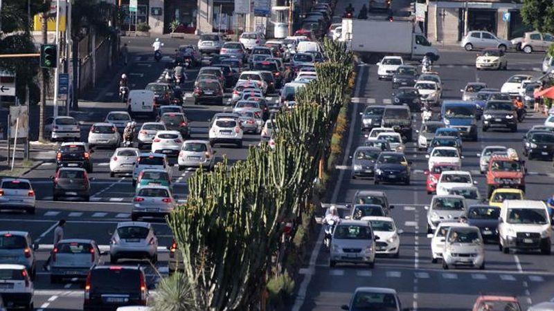 ACI Milano: no a misure anti-smog che penalizzano solo gli automobilisti