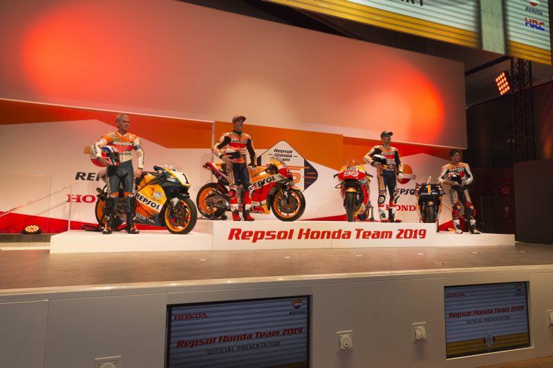 Marquez, Lorenzo e le leggende Repsol Honda Team