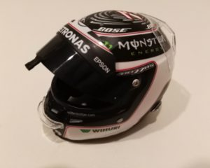 Il casco 2017 di Bottas e uno sguardo al suo 2019
