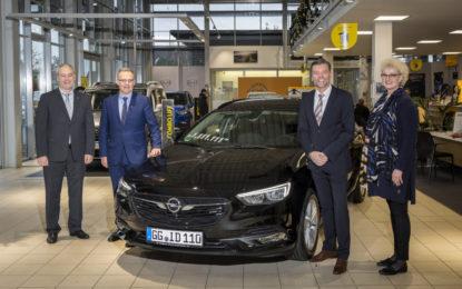Consegnata la Opel Insignia numero 1.111.111