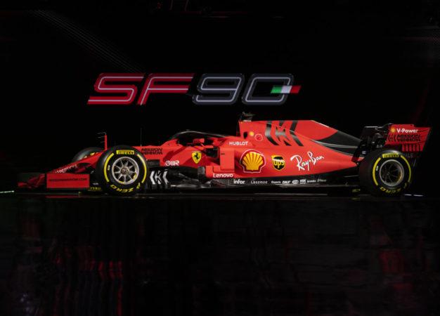 Unione Nazionale Consumatori: esposti contro la Ferrari per lo sponsor
