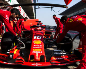 Leclerc conclude il primo test. 598 giri in totale per la SF90