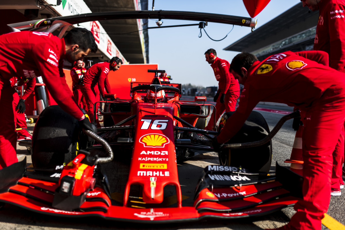 Leclerc conclude il primo test. 598 giri in totale per la SF