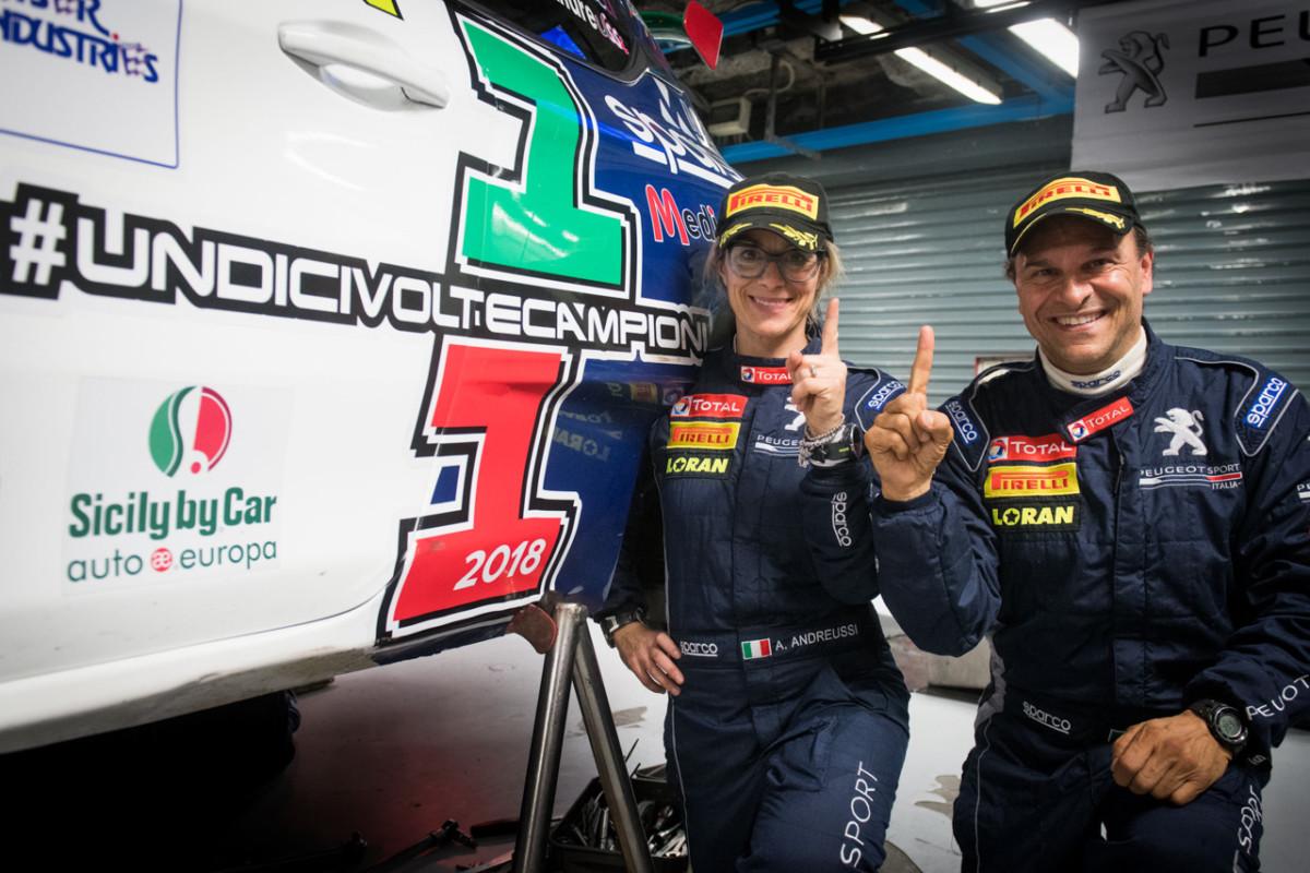I piloti Peugeot dominano in gara e nei sondaggi