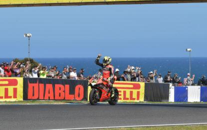 WorldSBK: Bautista con la nuova Panigale V4 R vince Gara 1 in Australia