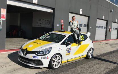 Francesca Raffaele al debutto nella Clio Cup Italia