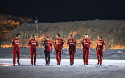 Bahrain tra i baffi alla Mansell di Vettel e la concretezza di Leclerc
