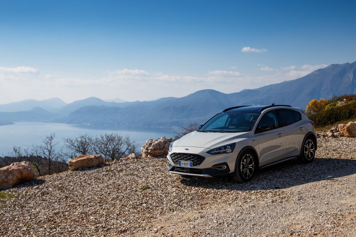 Active: il crossover Ford è anche Focus