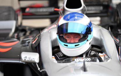 Mika Hakkinen a Suzuka al volante della McLaren 720S GT3