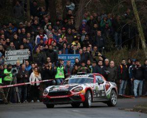 FIA R-GT: terza vittoria consecutiva per l'Abarth 124 rally