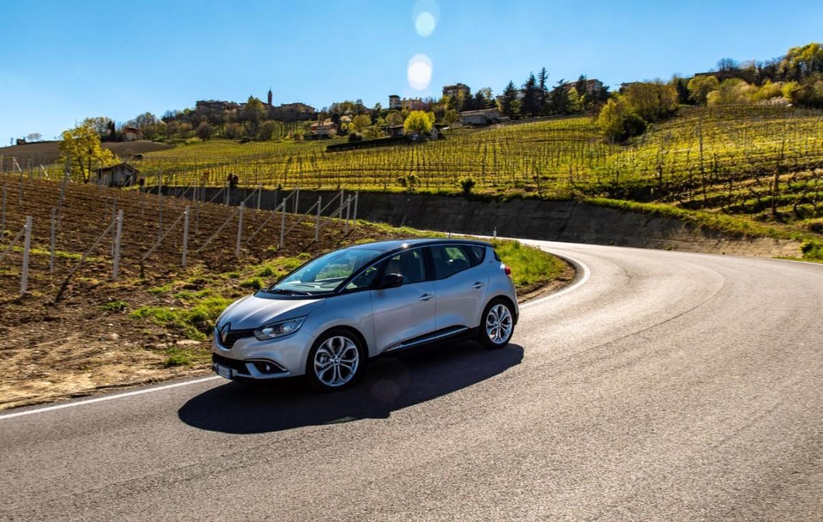 Nuovo motore per la gamma Renault Scénic