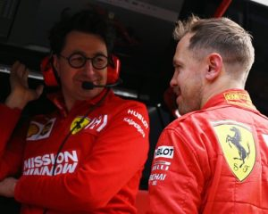 Vettel schierato con Binotto