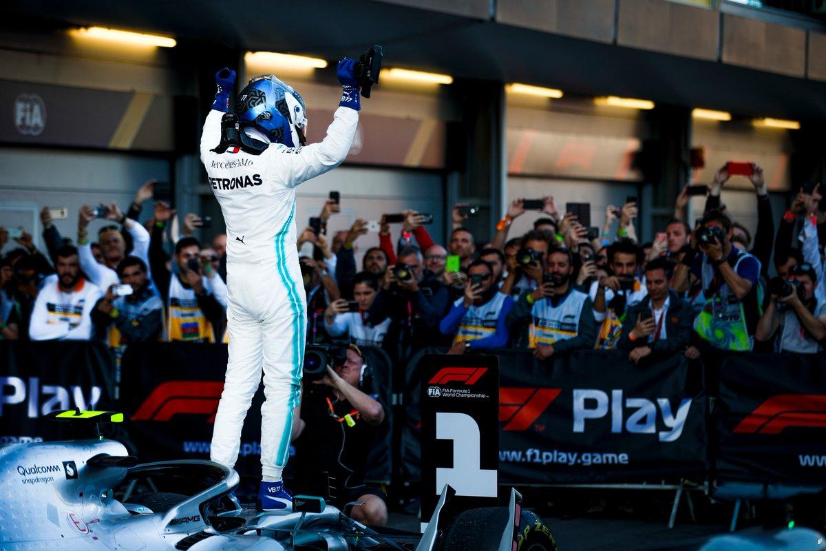 Baku: dominio Bottas, quarta doppietta record Mercedes e Vettel terzo