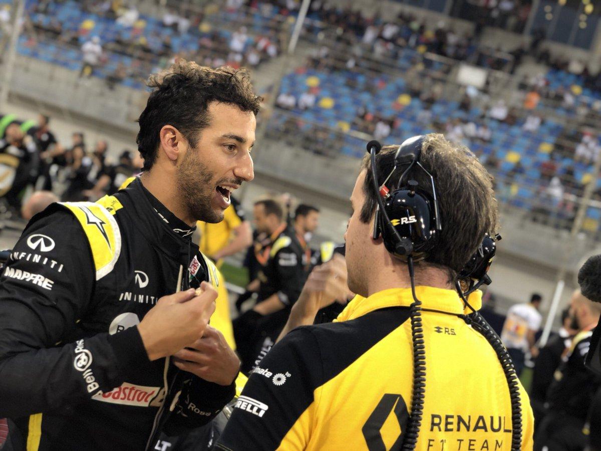 Ricciardo esclude di sostituire Vettel