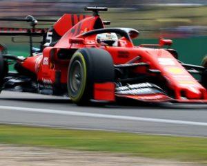 """Vettel: """"Di base la macchina va bene"""". Ma la stampa parla di crisi"""