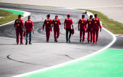 Vettel e Leclerc vogliono una rimonta stile Liverpool