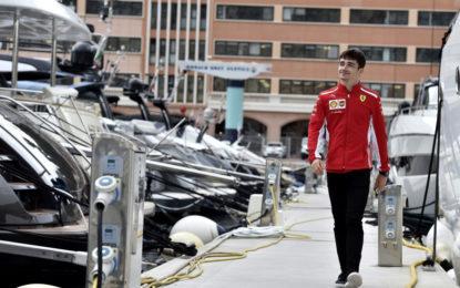 Charles Leclerc superstar a Monaco