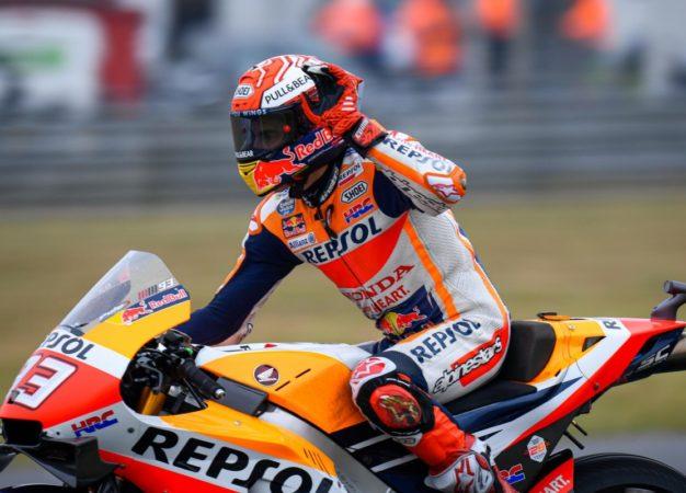 A Le Mans pole di Marquez davanti alle Ducati. Rossi 5°