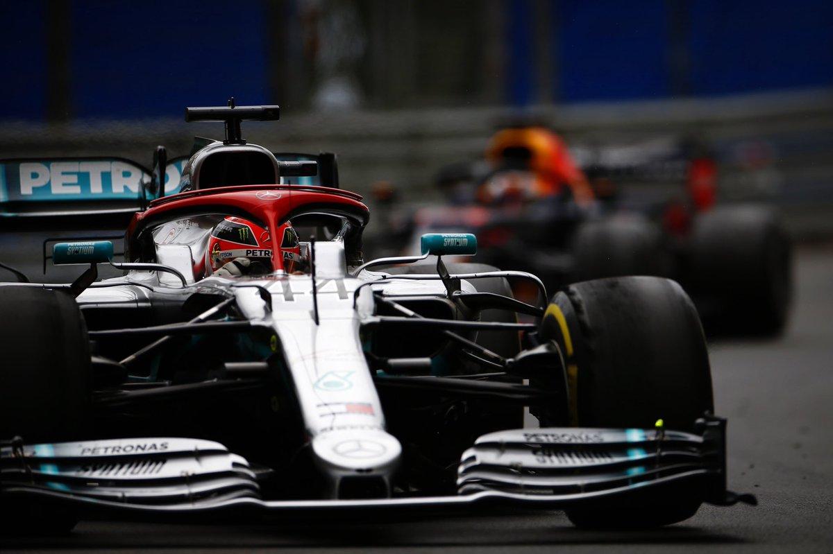 Hamilton vince per Niki. Sul podio Vettel e Bottas. Ma grand