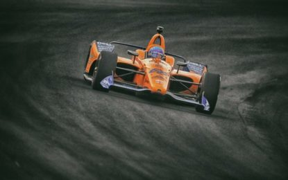 Alonso respinge l'idea McLaren di comprare un sedile per la Indy500