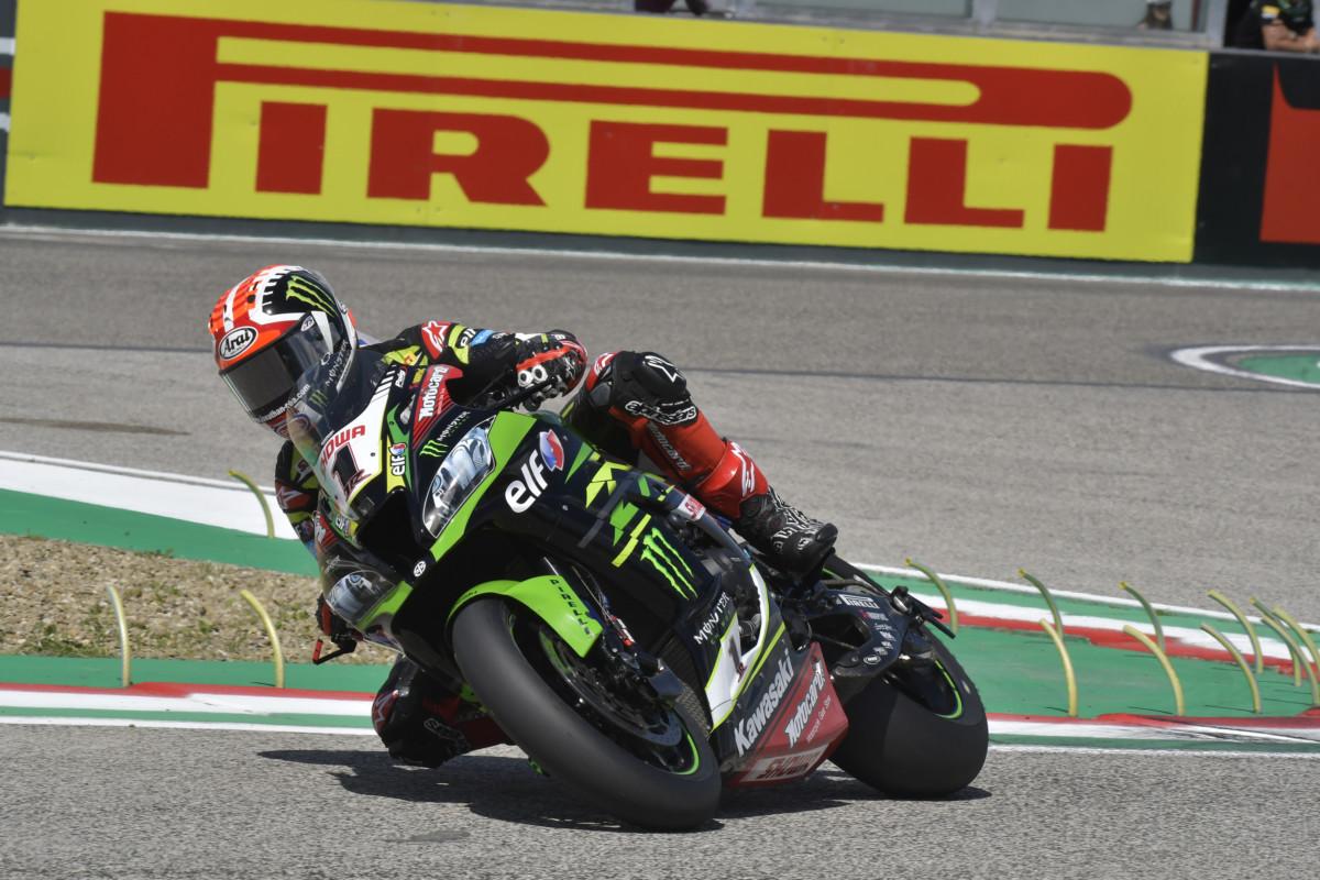 WorldSBK: in Gara 1 a Imola Rea torna alla vittoria