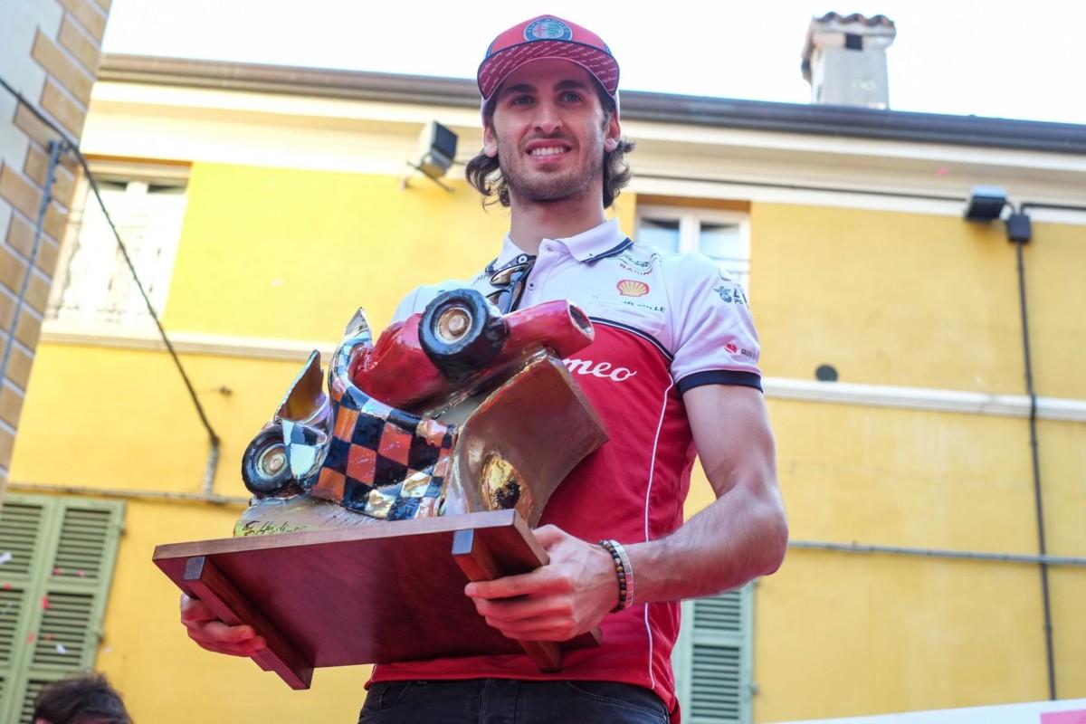 Il Trofeo Bandini 2019 ad Antonio Giovinazzi