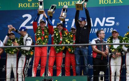 Le Mans: Pier Guidi, Calado, Serra e Coletta dopo la vittoria