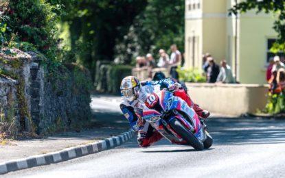 Dunlop trionfa al Tourist Trophy 2019