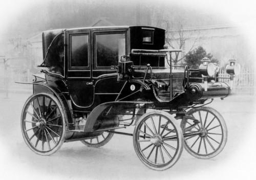 26 giugno 1896: nasce il primo taxi motorizzato al mondo