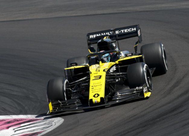 Le penalità colpiscono ancora: Ricciardo da 7° a 11°