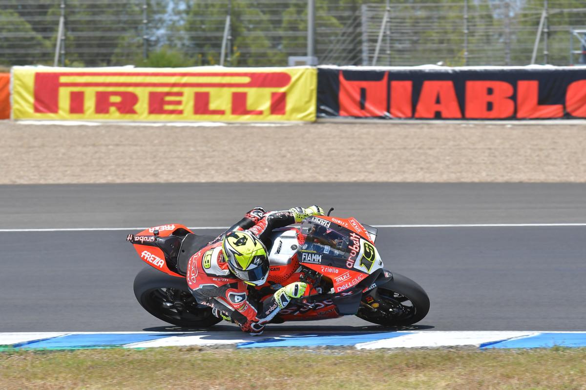 WSBK: Bautista vince Gara 1 a Jerez