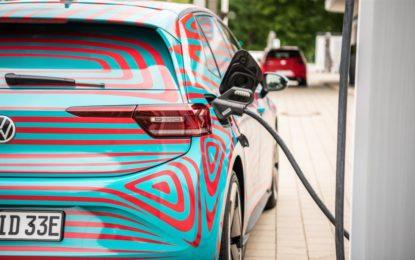 VW: batterie ricaricabili fino a 125 kW e garantite 8 anni