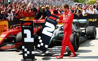 Piloti e addetti ai lavori con Vettel contro la penalità