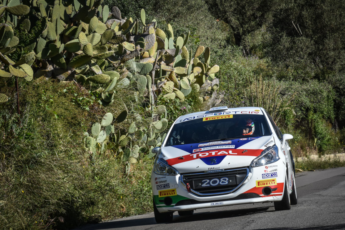 Ciuffi e Peugeot pronti a difendere la leadership al Rally d