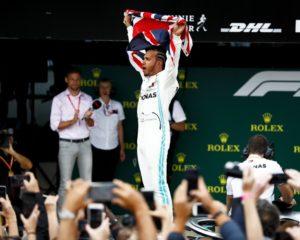 Hamilton re di Silverstone per la 6° volta. Duelli esaltanti. E l'errore di Vettel